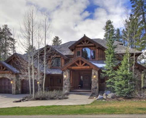 Luxury Breckenridge property at 995 Four O'Clock Road in Breckenridge.